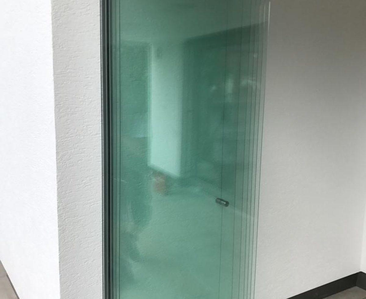 Glas Faltwände für Terrassen- und Balkonverglasungen