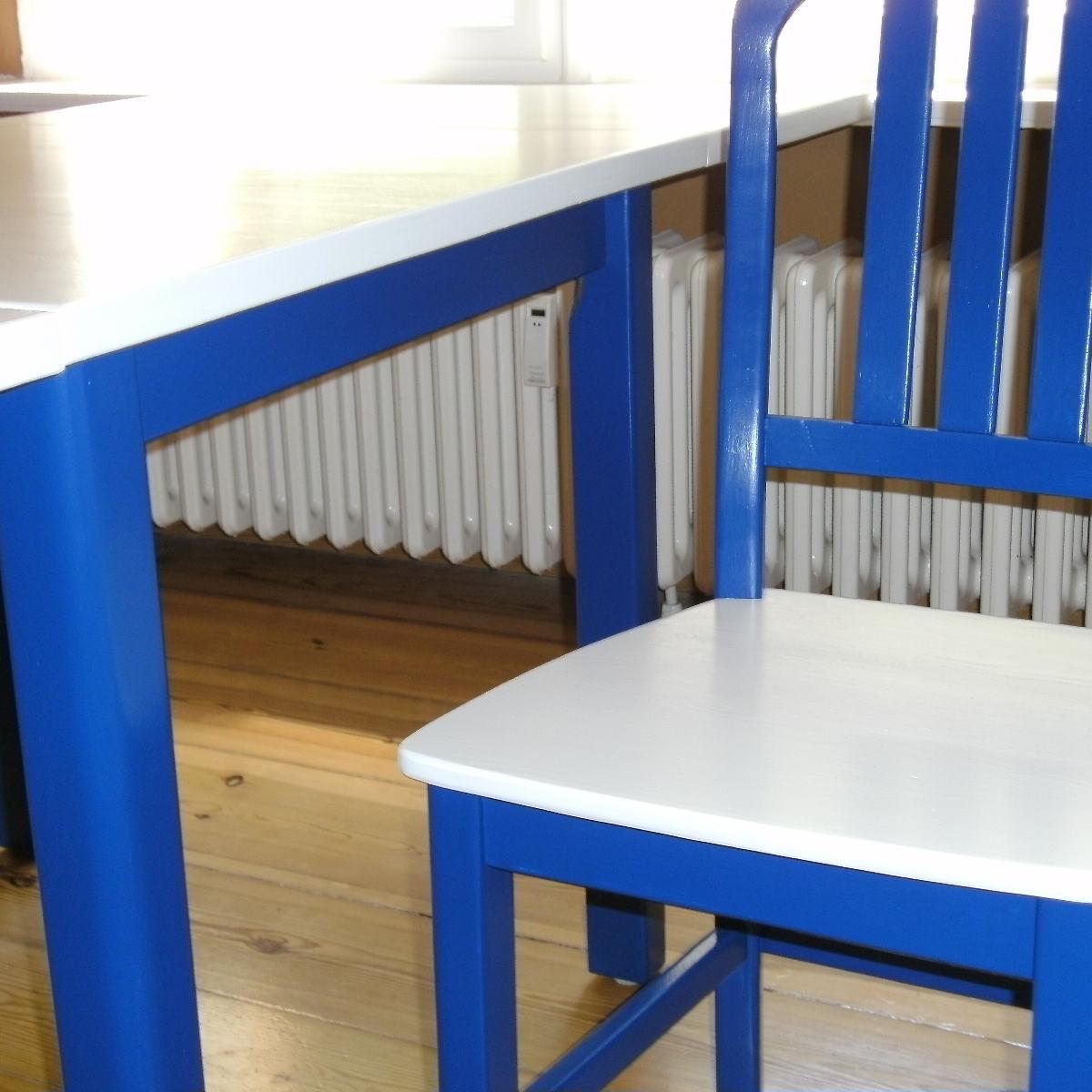 Kiefermöbel, deckend lackiert