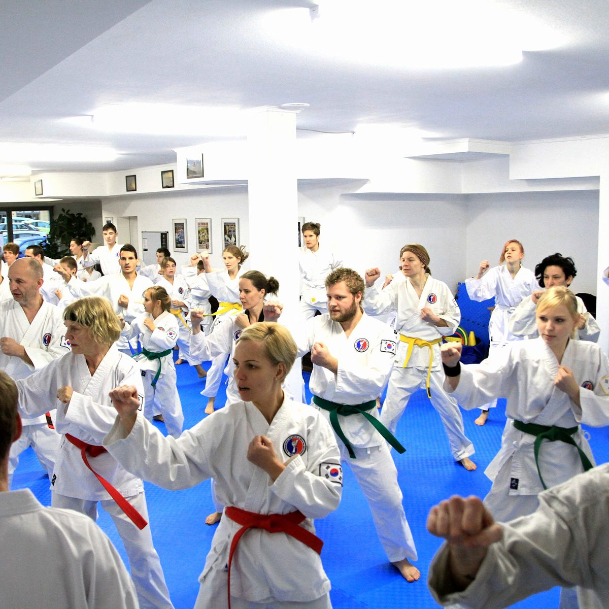 Training für Kinder, Jugendliche und Erwachsene in der Kampfsportschule Weimar.