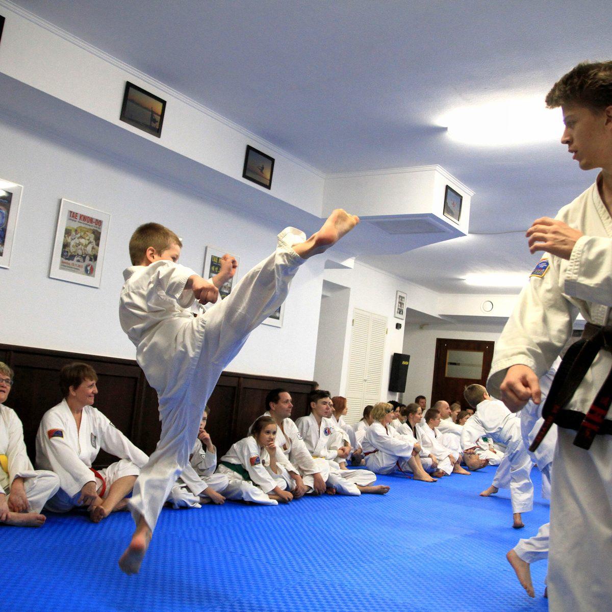 Kampfsport für Kinder in der Kampfsportschule Weimar, Rollplatz 12.