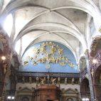 Eingangsportal von Notre Dame von innen