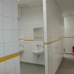 Industriebau , Duschanlagen und Waschräume bei Fa. Orafol