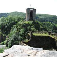 Burgruine in Esch