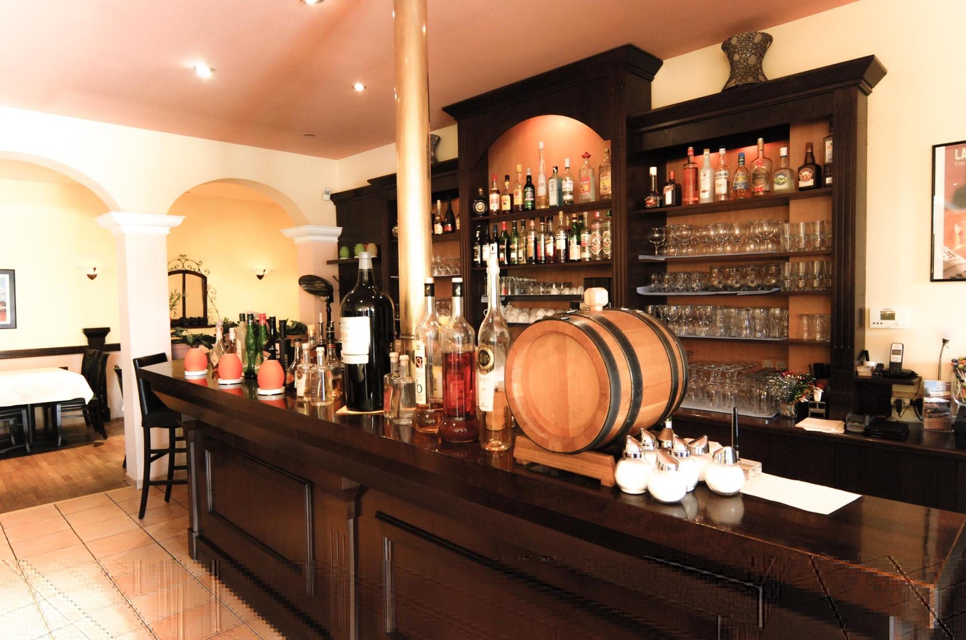 el manuel spanisches italienisches mexikanisches und pakistanisches restaurant berlin spandau. Black Bedroom Furniture Sets. Home Design Ideas