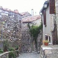 schönes Dorf