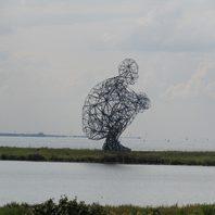 Kunst-kein Skifahrer-ein Baum (?)