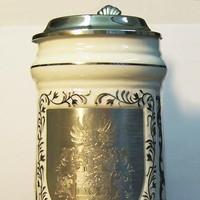 Flachgravur auf Bierkrug