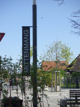 "Marktplatz ""Mittenmang"""