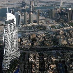 Dubai im Schatten der Wolkenkratzer