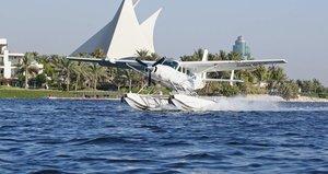 Wasserflugzeug vor Dubais Küste