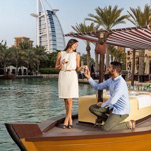 Bootsfahrten durch Dubai