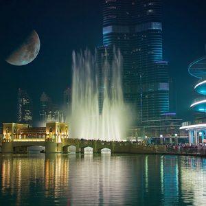 Dubai Fountain bei Nacht