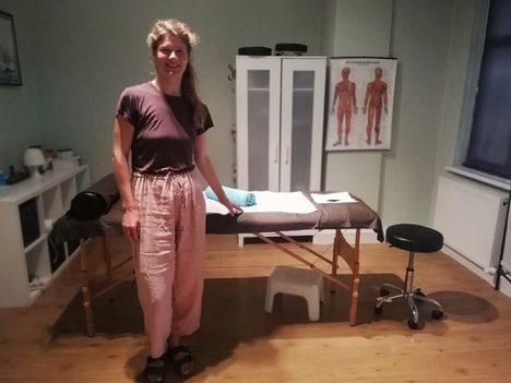 Lomi Lomi Massage Berlin, Massage Berlin, Ganzkörpermassage Julia Wichmann, gute massage berlin, masseurin berlin