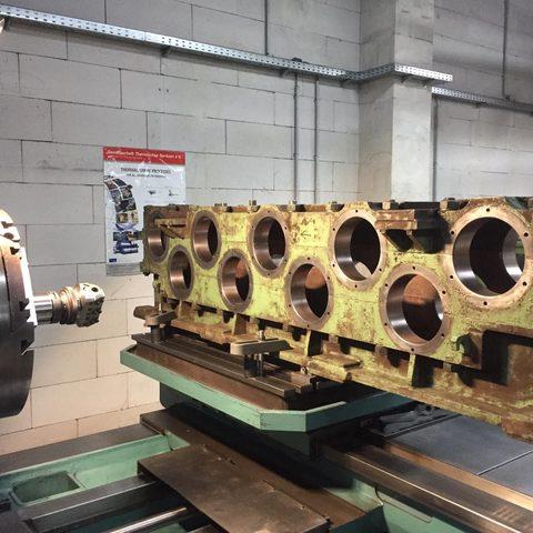 Bohrwerkarbeiten - Bearbeitung 3-teiliges Getriebegehäuse