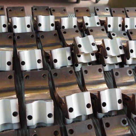 Stromband aus Kupfer mit Silberbeschichtung auf der halbrunden Kontaktfläche