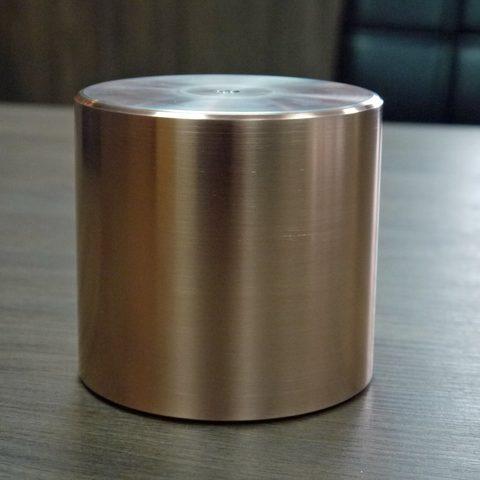 Kaltgasspritzen - Dieses Rund wurde mit einer mehreren Millimeter dicken Kupferschicht im Kaltgasspritzverfahren aufgespritzt und anschließend durch Drehen nachbearbeitet.