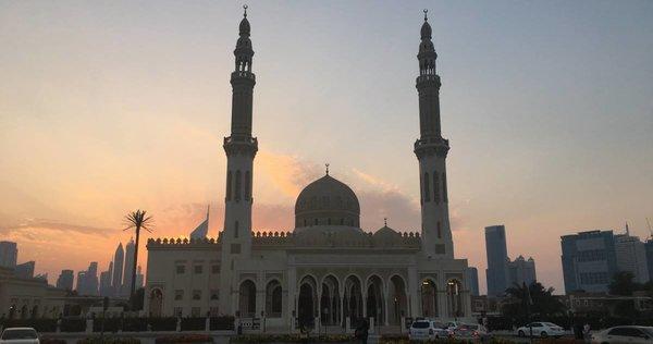 Abu Dhabi im Morgengrauen