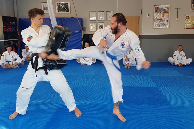 Kampfsport und Kampfkunst in Weimar (Karate, Tae Kwon-Do, Kickboxen und Selbstverteidigung)